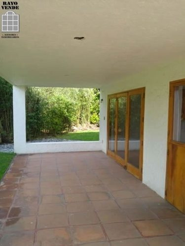 (crm-5206-1102)  casa con vigilancia en renta lomas quebradas san jeronimo