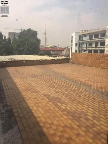 (crm-5206-180)  edificio sobre zona comercial en colonia centro