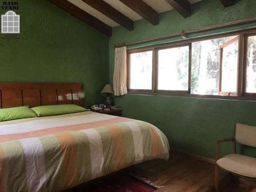 (crm-5206-275)  casa en venta en fraccionamiento cerrado con vigilancia colinas del bosque