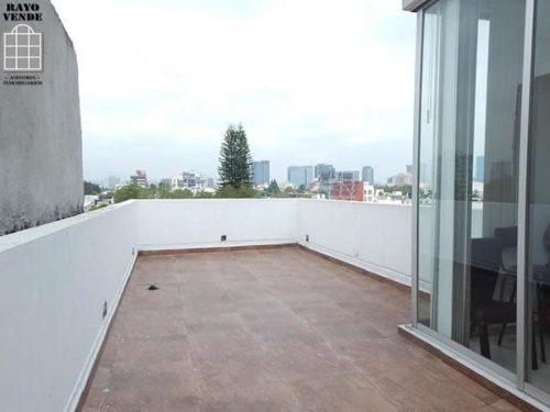 (crm-5206-307)  departamento en dos niveles del valle con roof garden privado