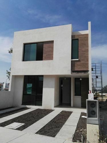 (crm-5268-366)  casa en venta - villas de bernalejo - irapuato, gto