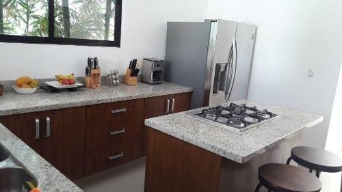 (crm-5360-261)  casa en venta en temozon norte