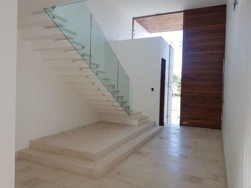 (crm-5360-289)  lujosa casa en privada residencial allegra
