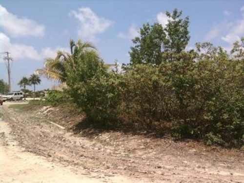 (crm-60-319)  terreno en venta en playa paraíso en playa del carmen