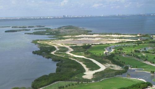(crm-60-830)  terreno en grand island cancún en venta