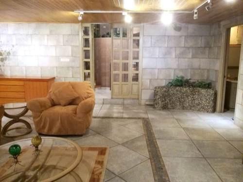 (crm-758-3965)  casa en venta en calle cerrada de tres niveles en la herradura
