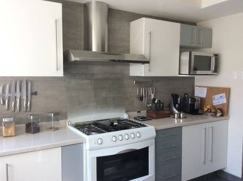 (crm-758-4033)  departamento en venta en residencial isla de agua, interlomas, huixq.