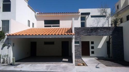 (crm-989-357)  (acc) preciosa casa en venta en sierra alta-carretera nacional