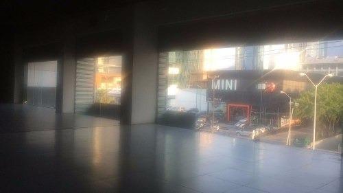 (crm-989-893)  renta funcional local en 3º piso con amplia área de exhibición.(vsc)