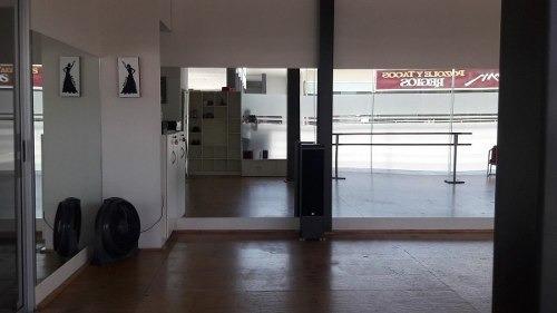 (crm-989-935)   local en renta en primer piso en plaza valle alto 200 (vsc)