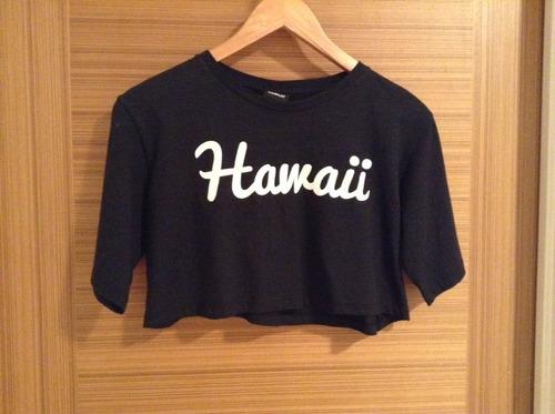 crop top marca complot modelo hawaii