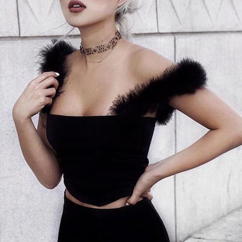 crop top negro sexy mujer fiesta peludo