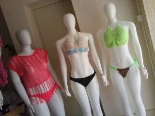 croppeds de crochê. vários modelos e cores
