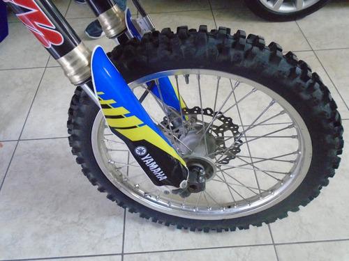 cross yamaha moto