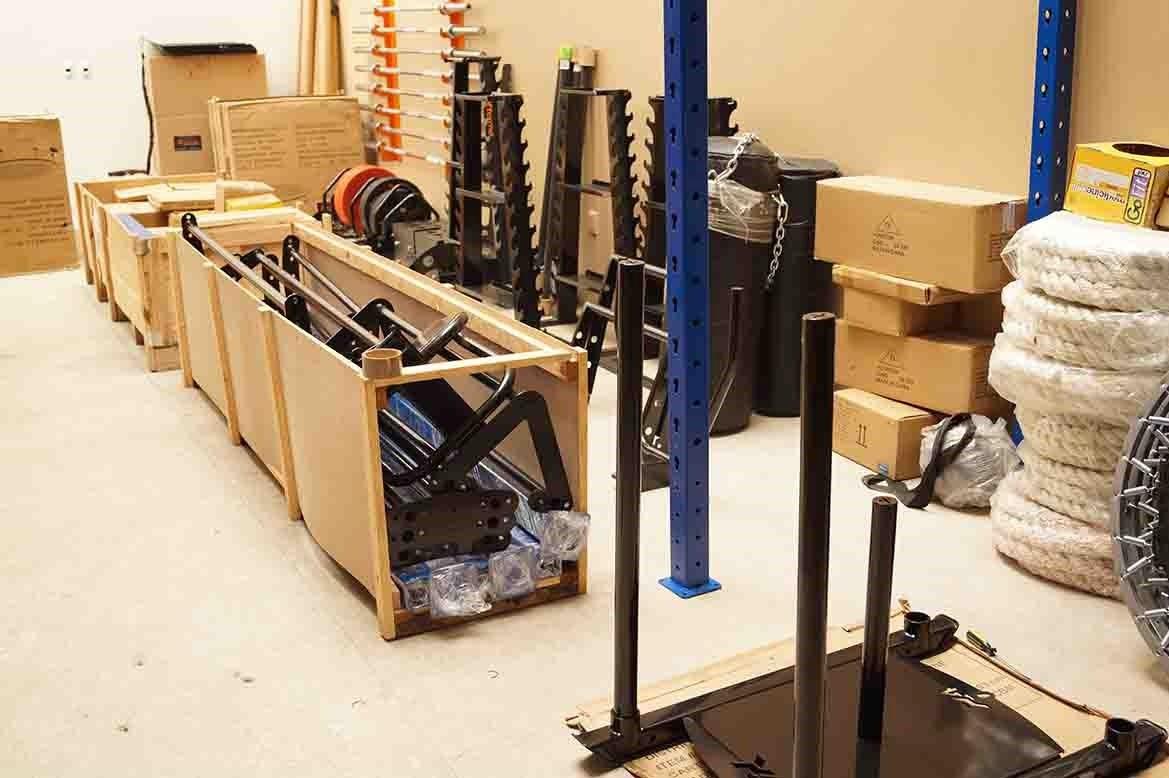 Crossfit racks modulares equipos estructuras xforma for Equipo para gym