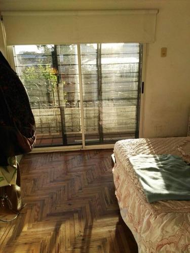 crucecita - avellaneda. venta de ph tipo casa en un 1er piso. 3 ambientes. apto credito
