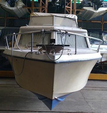 crucerito ocean 23 con ford 221 en buen estado!!!!