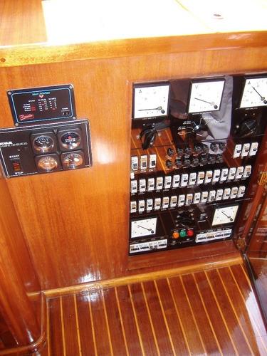 crucero 17m acero - 2 volvo d7-265 - mooney embarcaciones
