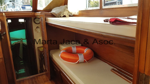 crucero clasico parodi de madera