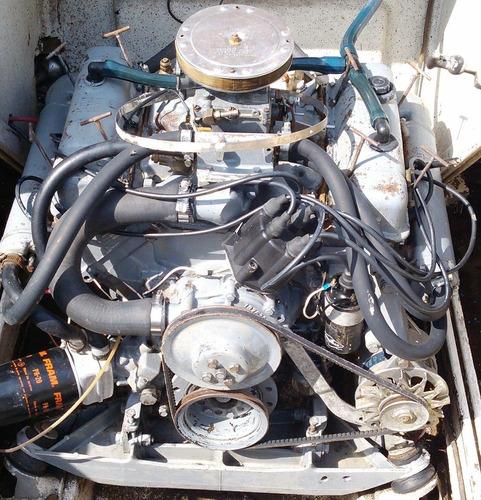 crucero day cruiser bermuda.......motor chevrolet v8 naftero