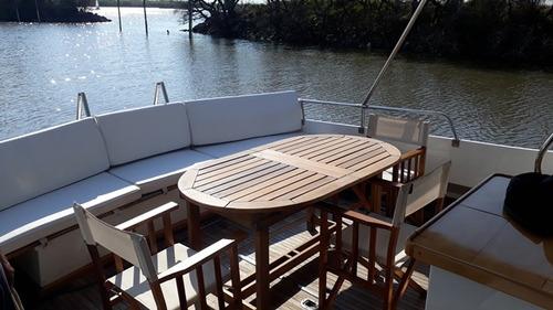 crucero fisherman de madera clasico