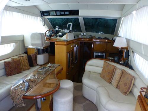 crucero plástico arax 46 pies ivecco 370 hp full equipo