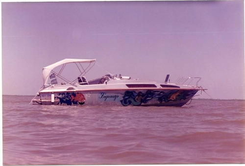 crucero poseidon de 28 pies. lancha off shore. cuddy