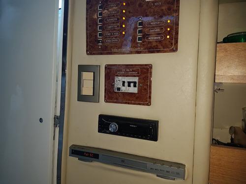 crucero trento 285 v8 270hp volvo duo prop 2010 en guarderia