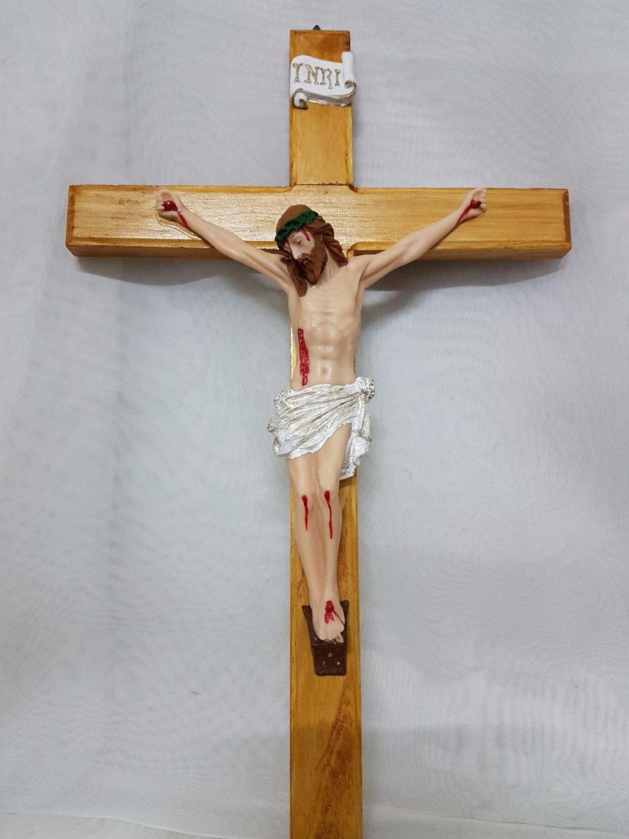 crucifixo de parede em madeira e resina tamanho 50 x 30 cm r 67 90 em mercado livre. Black Bedroom Furniture Sets. Home Design Ideas