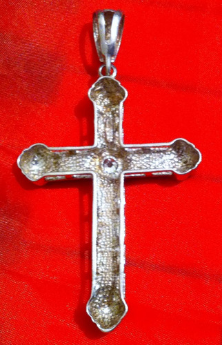 crucifixo de prata com pedra semi preciosa no centro, lindo!