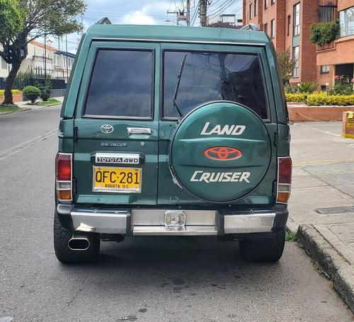 cruiser camioneta toyota land