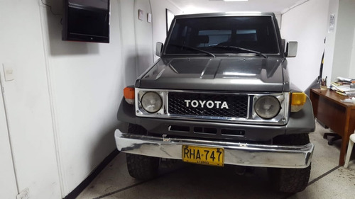 cruiser land cruiser toyota land