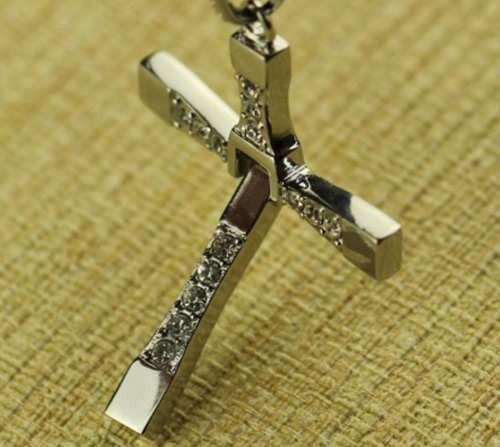 cruz de dominic toretto  plata 925 , ( sin cadena ) 007