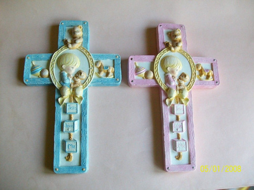 cruz infantil en yeso