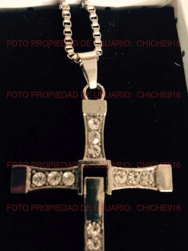 cruz rapido y furioso unico con piedras con pano de limpieza