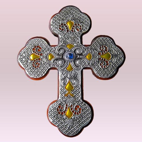 cruz romana en arte ruso
