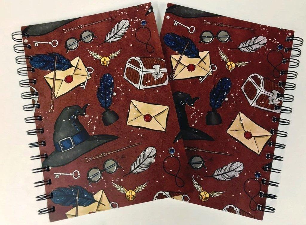 Cuaderno A5 Rayado Objetos Magicos Harry Potter -   200,00 en ... 1a71fcf35b