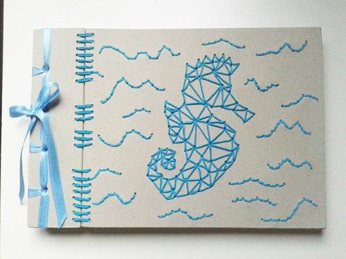 cuadernos artesanales bordados a mano
