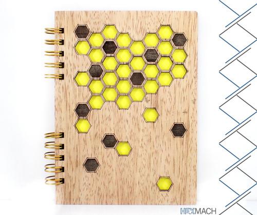 cuadernos y agendas de madera
