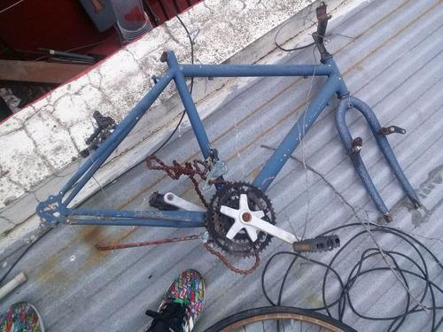 cuadro bicicleta con estrella y horquilla todo terreno