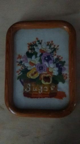 cuadro bordado de flores vintage