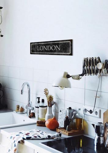 cuadro de chapa vintage, colección ciudades, 10x40cm