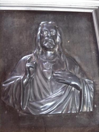 cuadro del sagrado corazon italiano antiguo  peltre tallada