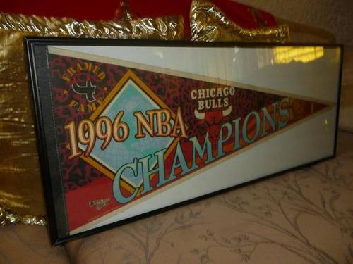 Cuadro Enmarcado De Banderín De Chicago Bulls, Campeón 1996 - Bs ...