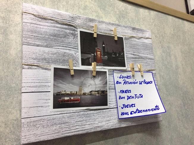 Cuadro Marco Madera C/clips Ganchos Para Colgar Fotos, Notas - $ 186 ...