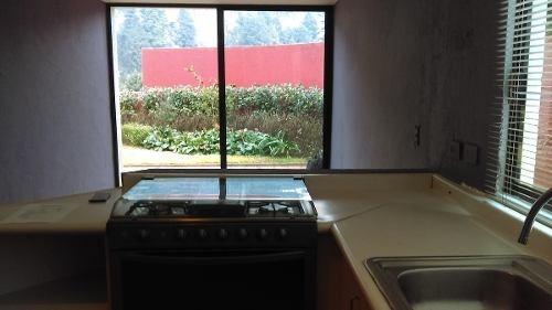 cuajimalpa, lindisima casa en condominio rodeada de bosque.