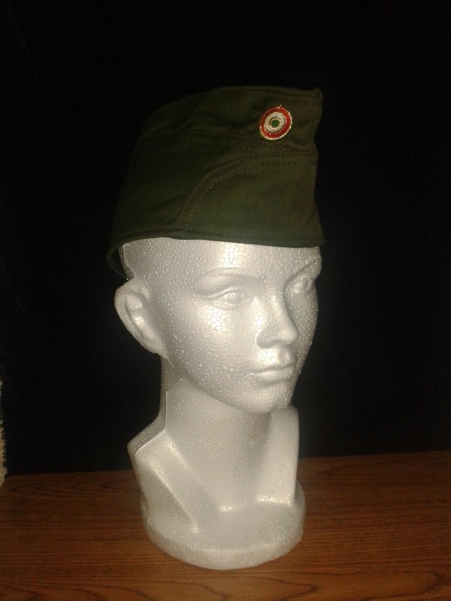 La de gorra verde 1 - 1 10