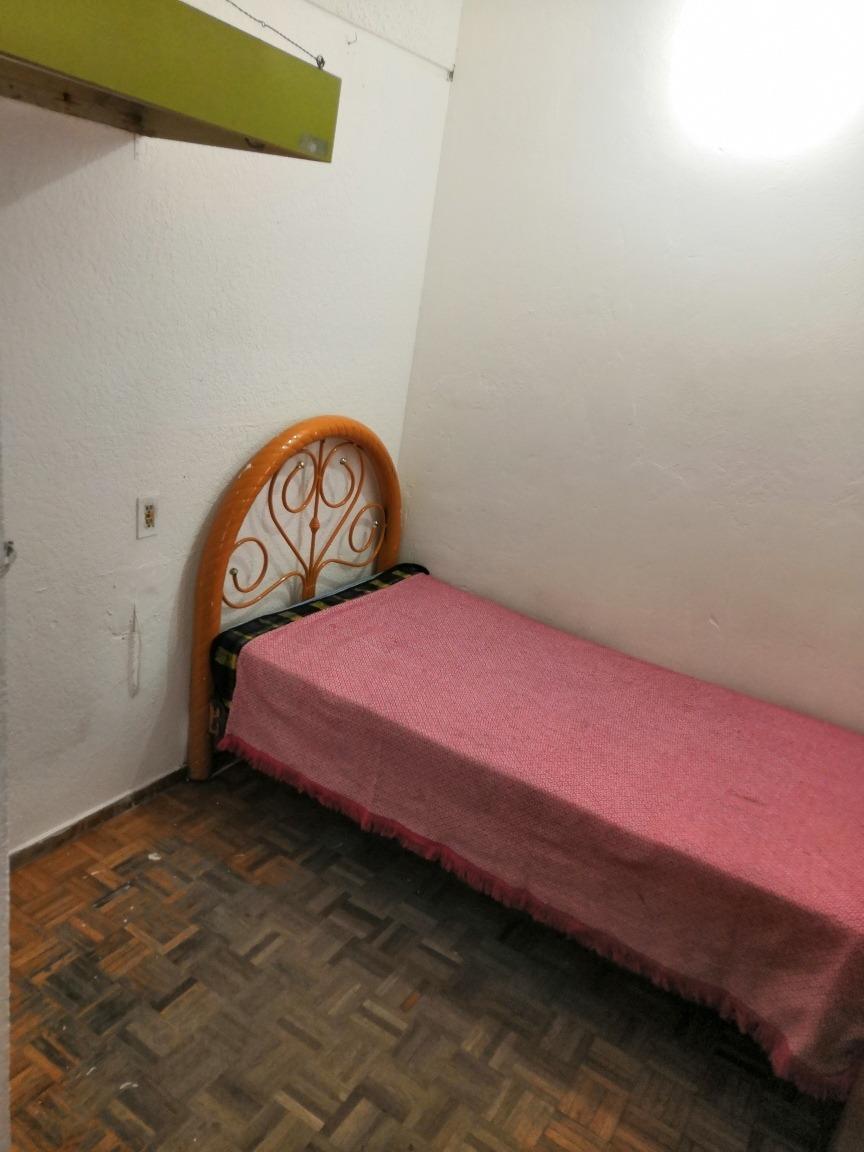 cuarto en renta. baño y cocina se comparte