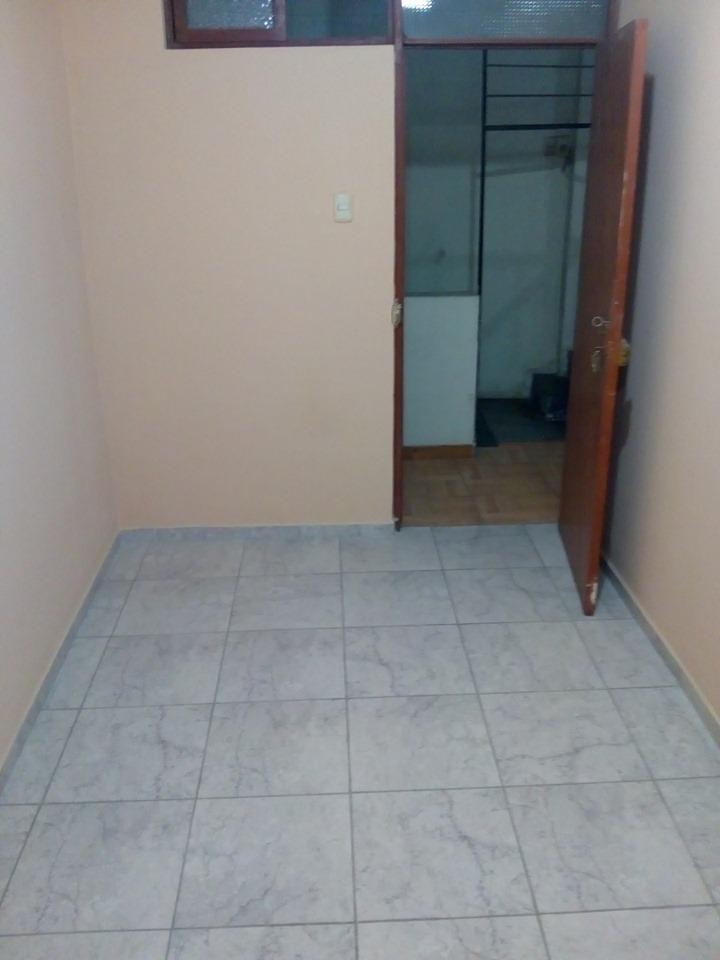 cuartos con baño propio(solo señoritas)- comas
