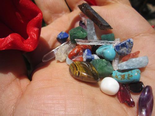 cuarzo aguamarina amatista esmeralda granate reiki amuleto